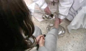 Francis washed the feet of a dozen inmates at a juvenile detention center in a Holy Thursday ritual that he celebrated for years as archbishop and is continuing now that he is pope. / AP photo, via (NY) Daily News