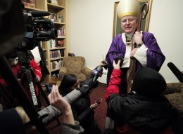Between masses at Our Lady of Grace Church in Edina, Archbishop John Nienstedt spoke directly to the media for the first time in months. / Richard Tsong-Taatarii, Star-Tribune.